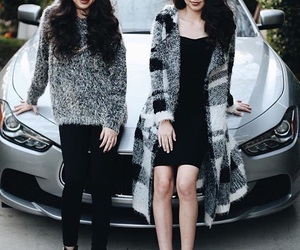 merrelltwins and merrell twins image