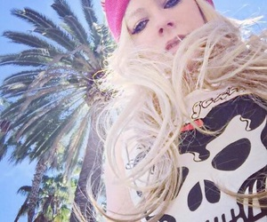 Avril Lavigne and abbey dawn image