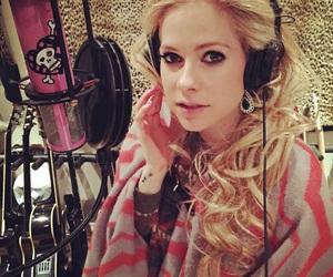 Avril Lavigne, music, and lavigne image