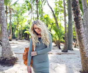 fashion, angelica blick, and coffee image