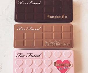 chocolate and eyeshadow image