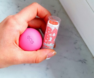 eos and babylips image