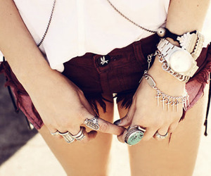 fashion, shorts, and rings image
