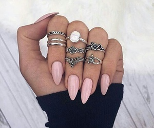 love it, nails, and pretty image