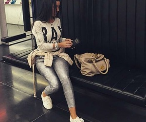 bag and style image