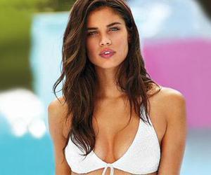 model, sara sampaio, and Victoria's Secret image
