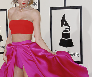 beautiful, colorful, and Taylor Swift image