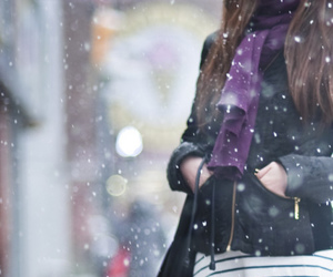 fashion, girl, and snow image