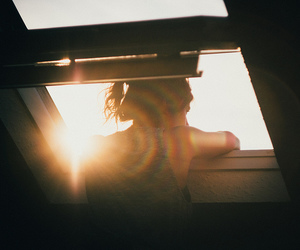 girl, indie, and sun image