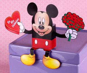heart, valentines crafts, and mickey mouse candy box image