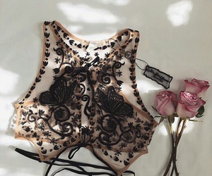 black, lace, and romantic image