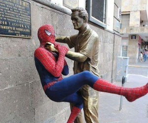 funny, lol, and statue image