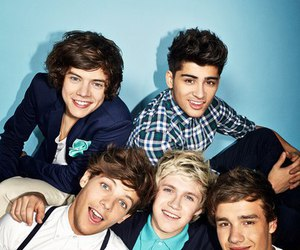 one direction, Harry Styles, and zayn malik image