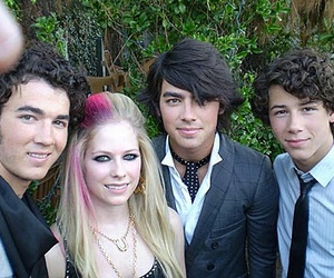 Avril Lavigne, jonas brothers, and music image