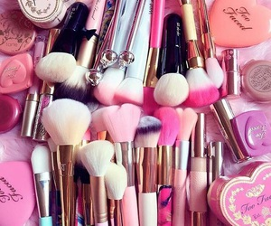 pink, makeup, and beauty image