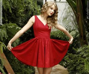beautiful, Taylor Swift, and photoshoot image