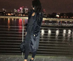 london and outfit image