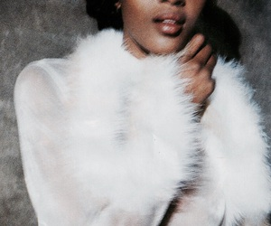 Naomi Campbell, theme, and model image
