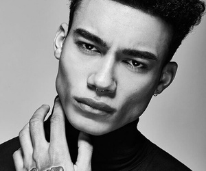 reece king and Hot image