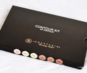 beauty and anastasia beverly hills image