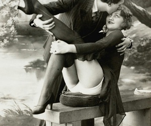 vintage, love, and pantyhose image