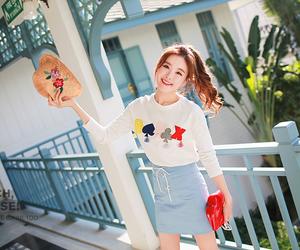 fashion, ulzzang girl, and korean fashion image