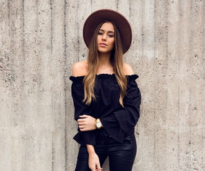 fashion, hat, and outfit image