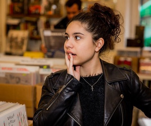 music, know it all, and alessia cara image