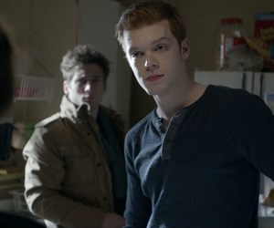 jeremy allen white, cameron monaghan, and shameless us image