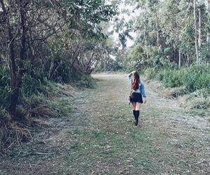 garota, inverno, and natureza image