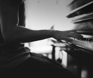 heart, inspira, and piano image