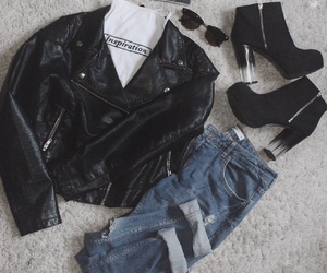 fashion, spring, and boyfriend jeans image