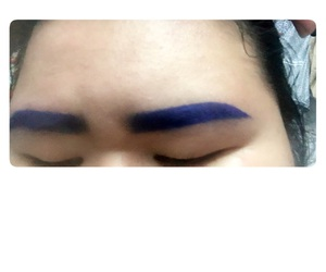 blue eyebrows image