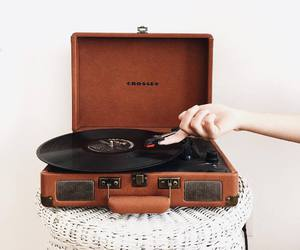 aesthetic, music, and vintage image