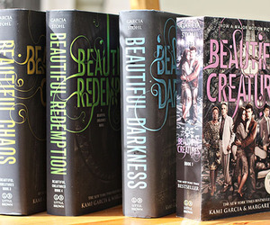 book and beautiful creatures image