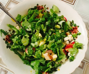 healthy, salad, and chicken'ncheese image