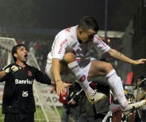 libertadores, Sport Club Internacional, and d'alessandro image
