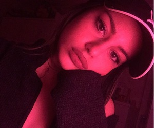 girl, icon, and redlight image