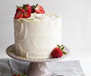 cake, strawberry, and vanilla image