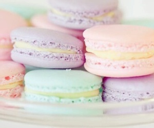 pastel, food, and ‎macarons image