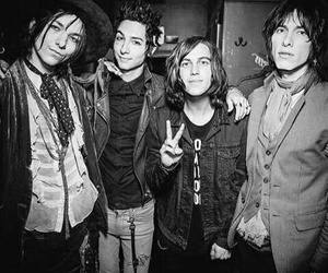 kellin quinn, sleeping with sirens, and rock image