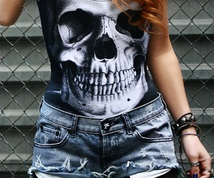 skull and shorts image