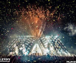confetti, dance, and festival image