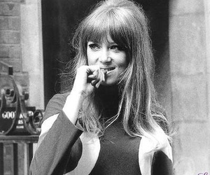 pattie boyd and 1960s image