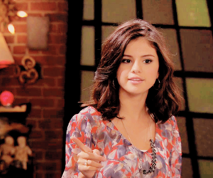 alex russo, selena gomez, and waverly place image