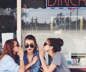 fashion, taylor hill, and friends image