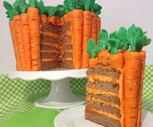 cake and carrot image
