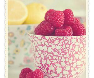 vintage, lemon, and raspberry image