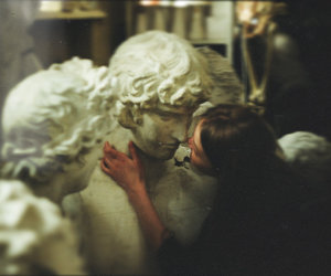 girl, kiss, and statue image