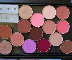cool, eye shadow, and meggy grace image